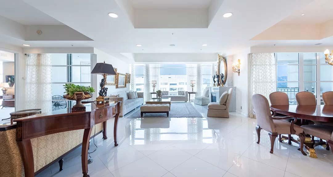 Los Angeles, CA 90024 – Wilshire Blvd APT 1401 – $3,550,000