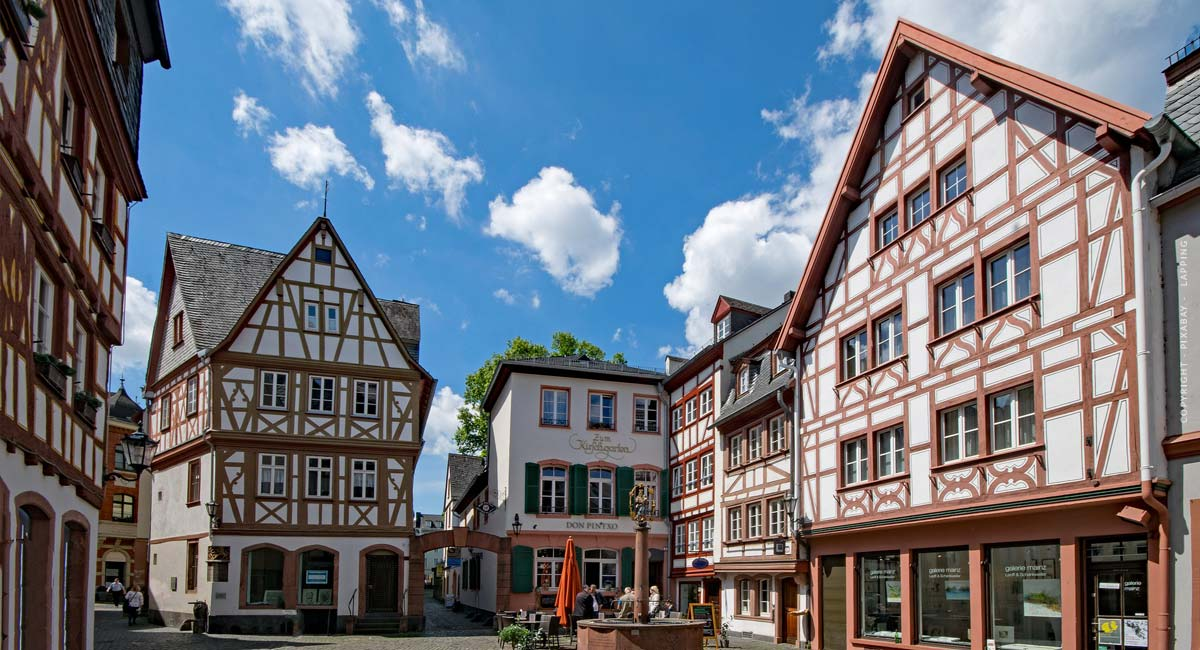 Immobilienanwalt Mainz: Law firms for real estate law - Top 7 recommendations