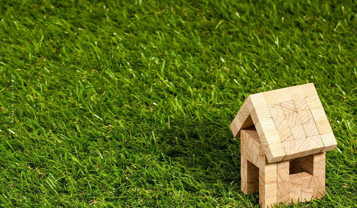 Mortgage - definition, simply explained & difference to land charge