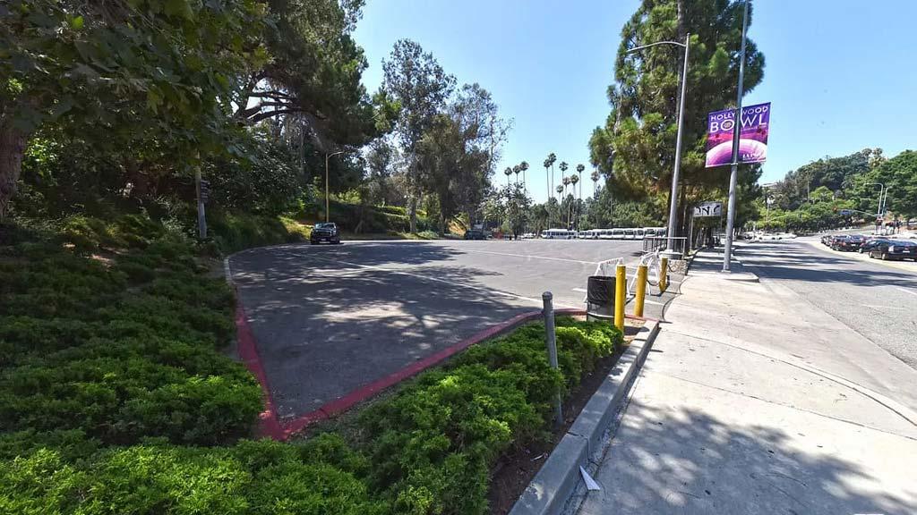 Los Angeles, CA 90068 – 2145 Fairfield Ave – $950,000