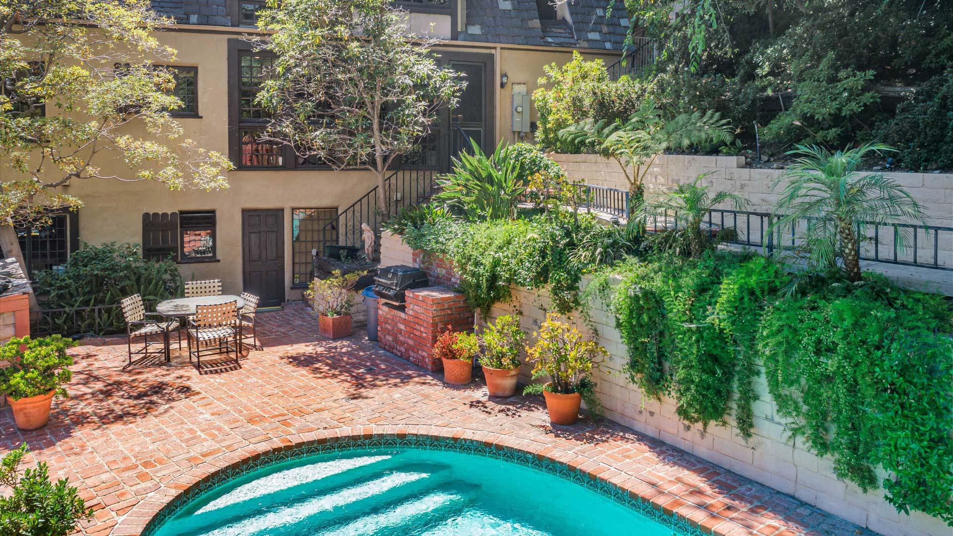 Beverly Hills, CA 90210 – 1423 Schuyler – $3,995,000