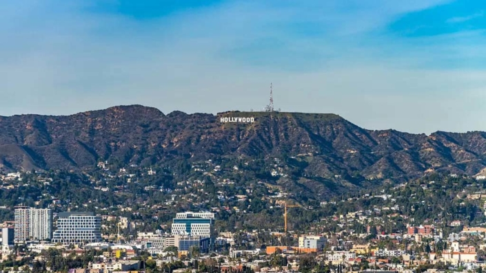 Los Angeles: Buy Property! Neighborhoods to Invest - Beverly Hills, Hollywood & Co