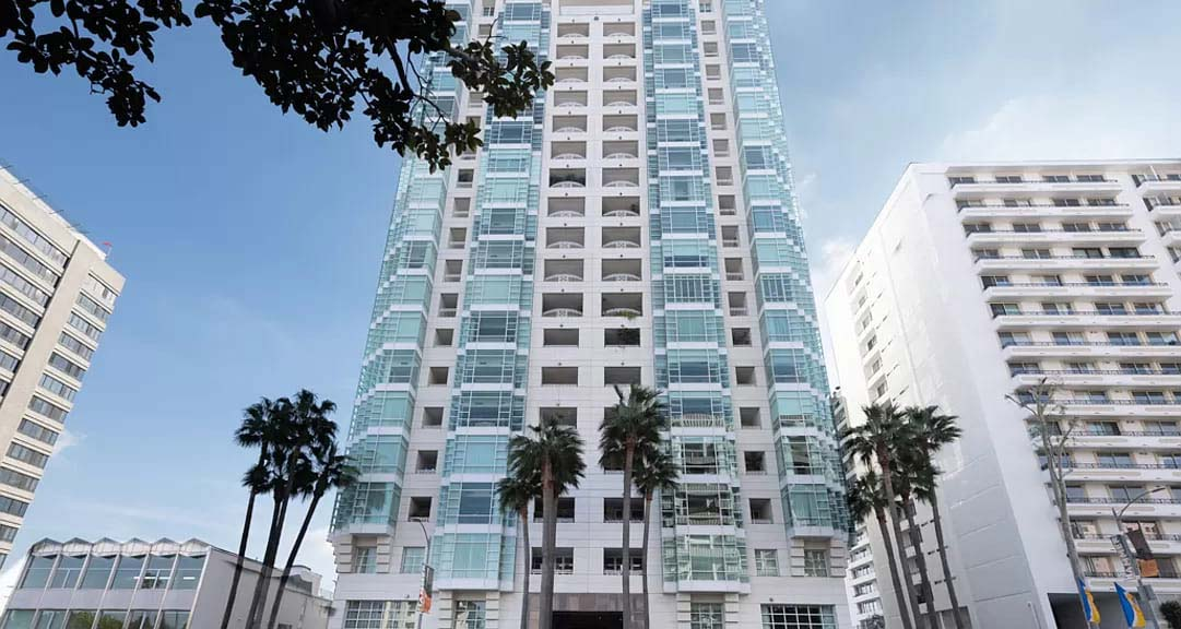 Los Angeles, CA 90024 – Wilshire Blvd APT 1401 – $3,550,000