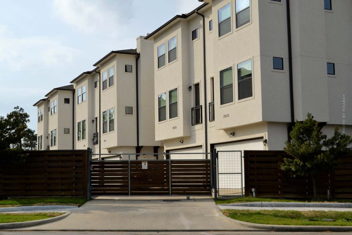 Apartment building: asset value, market value and yields