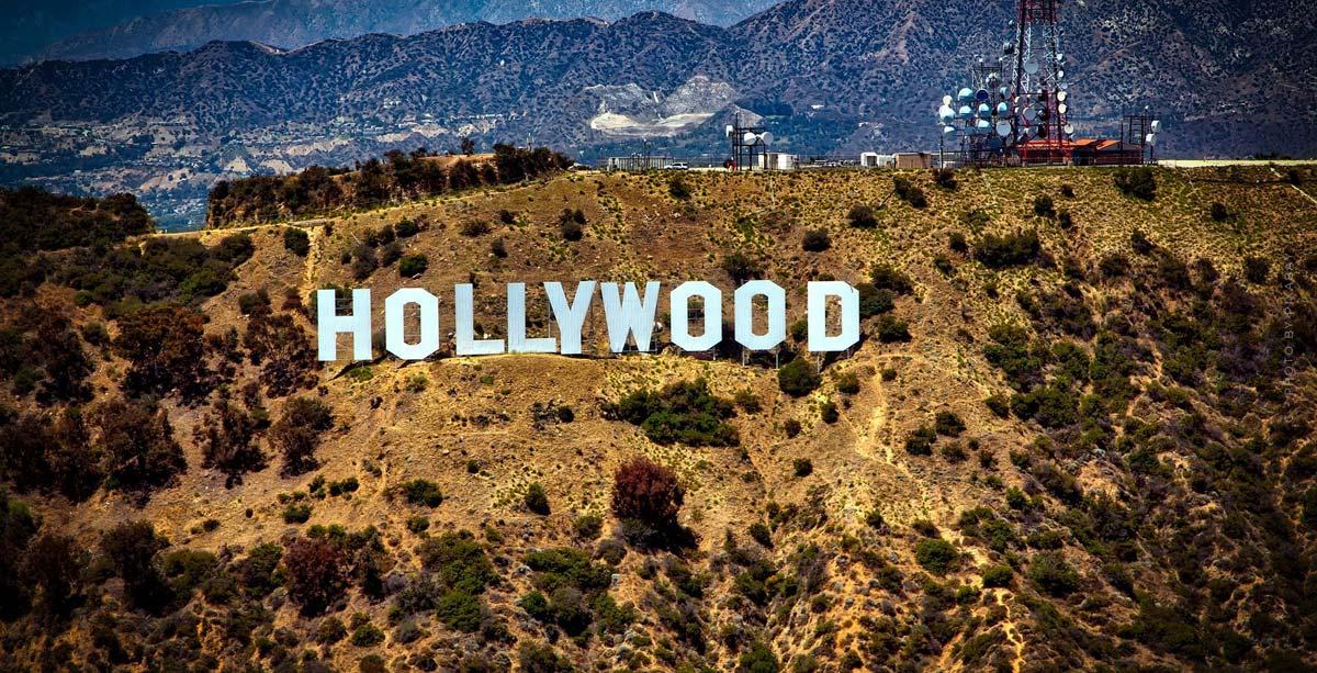 Villa Tour Los Angeles: Buy luxury real estate in LA! 7 Highlights @ FIV Magazine