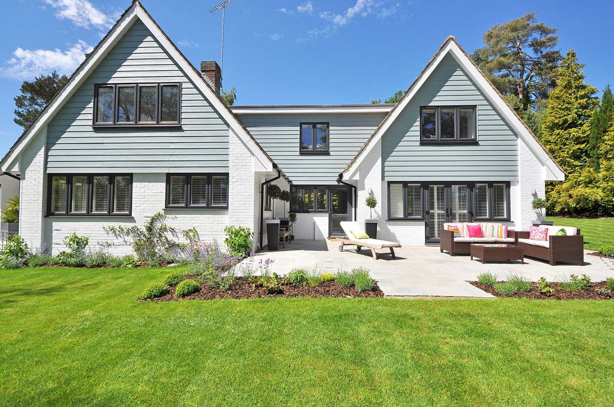 Selling a house - Avoiding high tax burdens