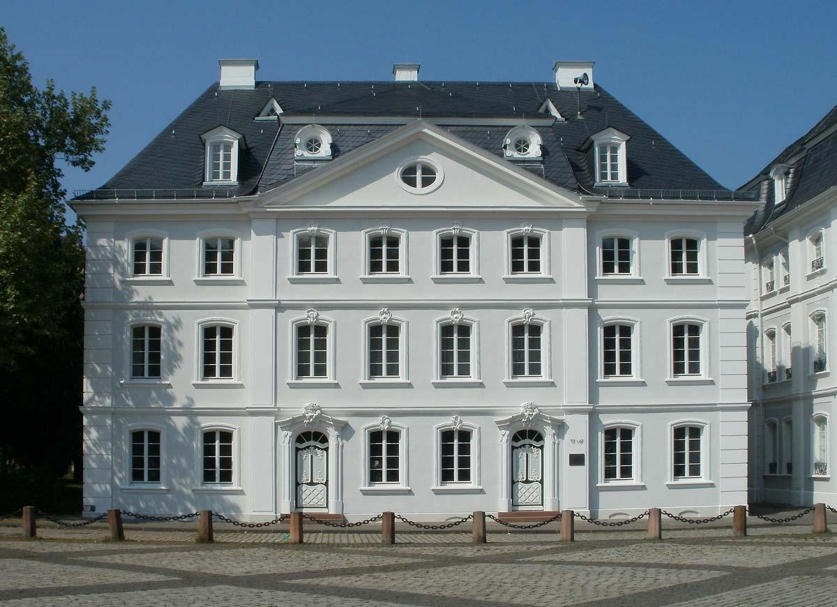 B- / B / B+ Ratings: Real Estate Locations in Germany - Lukinski Rating